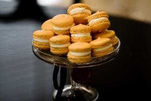 Pierre Herme Satine French Macaron