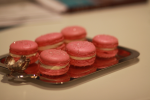 Pierre Herme Rose French Macarons