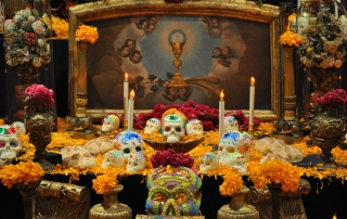 November 2nd we celebrate Día de los Muertos, a holiday celebrated in many countries of Latin America and recently incorporated into the Halloween celebration in the U.S. as well.